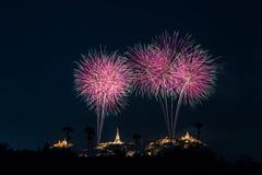 Kleurrijk vuurwerk op Khao Wang Royalty-vrije Stock Afbeeldingen