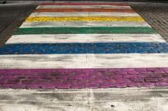 Kleurrijk zebrapad in Brussel, België royalty-vrije stock afbeelding