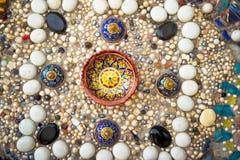 Kleurrijke achtergrond van kleurrijke rotsen Royalty-vrije Stock Afbeeldingen