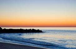 Kleurrijke Atlantische Oceaan zonsopgang-2 stock foto's