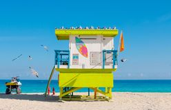 Kleurrijke Badmeester Tower, Zuidenstrand in het Strand van Miami, Florida Stock Afbeelding