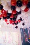 Kleurrijke ballons bij festival het hangen royalty-vrije stock fotografie