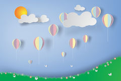 Kleurrijke Ballons in bloementuin Royalty-vrije Stock Foto