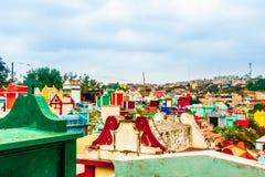 Kleurrijke begraafplaats door Chichicastenango in Guatemala royalty-vrije stock afbeelding