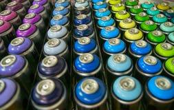 Kleurrijke blikken van verf Royalty-vrije Stock Foto's