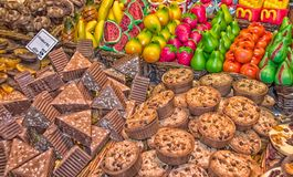 Kleurrijke box van zoete dingen Stock Foto