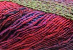 Kleurrijke breiende wol Royalty-vrije Stock Afbeelding
