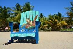Kleurrijke bungalowwen op Placencia-Strand Belize stock fotografie