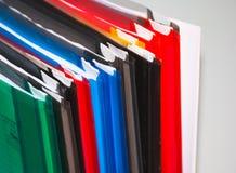 Kleurrijke bureauomslagen Royalty-vrije Stock Foto's