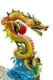 Kleurrijke Chinese draak in Chinese Tempel in Phitsanulok, Thaila Stock Afbeeldingen
