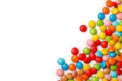 kleurrijke chocoladeknopen op witte achtergrond royalty-vrije stock afbeelding