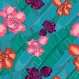 Kleurrijke, creatieve Hawaiiaanse wildernisbanaan en palmbladen met de exotische vector van het bloemen naadloze patroon Stock Fotografie