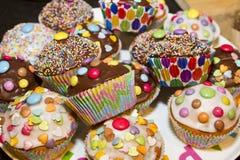 Kleurrijke cupcakes Stock Foto