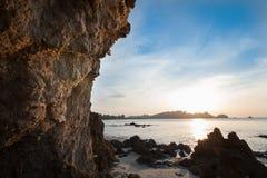 Kleurrijke dageraad over het overzees Royalty-vrije Stock Afbeeldingen