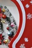 Kleurrijke decoratie op een vervoer van Kerstmis Stock Fotografie