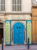 Kleurrijke deur in Marseille, Frankrijk Royalty-vrije Stock Foto