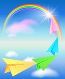 Kleurrijke document vliegtuig en regenboog Stock Foto