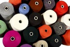 Kleurrijke draden Stock Fotografie