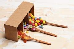 Kleurrijke dragee met marmelade of geleisuikergoed Royalty-vrije Stock Afbeelding