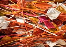 Kleurrijke droge palmspears op een stapel Royalty-vrije Stock Foto's