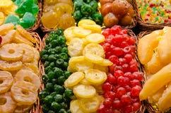 Kleurrijke droge vruchten stock afbeeldingen