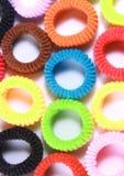 Kleurrijke elastische haarbanden met leeg ruimte verticaal kader Royalty-vrije Stock Foto