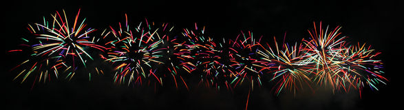 Kleurrijke explosie van vuurwerk Royalty-vrije Stock Afbeeldingen