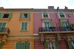 Kleurrijke flatgebouwen in Monaco Royalty-vrije Stock Afbeeldingen