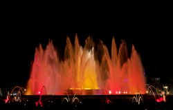 Kleurrijke Fontein Stock Afbeelding