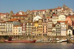 Kleurrijke gebouwen in de oude stad. Porto. Portugal royalty-vrije stock foto's
