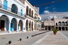 Kleurrijke gebouwen in Oud Havana, Cuba stock foto