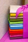 Kleurrijke gevoelde stof Stock Foto's