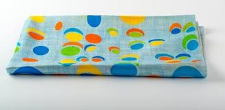 Kleurrijke gevouwen Indische geïsoleerde sjaal Stock Foto