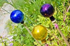 Kleurrijke glanzende glasbollen Stock Afbeelding