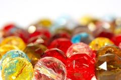 Kleurrijke glas-parels Stock Afbeeldingen
