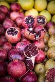 Kleurrijke granaatappel Stock Afbeeldingen