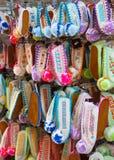 Kleurrijke Griekse Pantoffels Stock Afbeeldingen