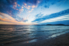 Kleurrijke hemel over het overzees bij zonsondergang Royalty-vrije Stock Afbeelding
