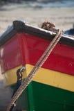 Kleurrijke het roeien bootboog dicht omhoog Stock Foto