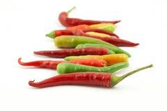 Kleurrijke hete peper in een rij Royalty-vrije Stock Afbeeldingen