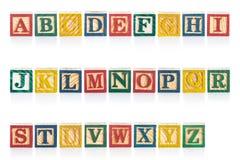 Kleurrijke houten alfabetblokken die op wit worden geïsoleerd royalty-vrije stock foto's