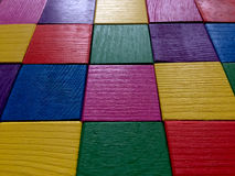 Kleurrijke houten kubussen Stock Foto's