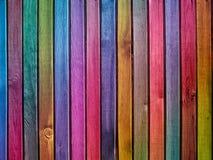 Kleurrijke houten muur stock fotografie