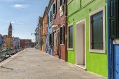 Kleurrijke huizen in Burano Stock Fotografie