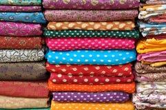 Kleurrijke Indische Stof Royalty-vrije Stock Afbeeldingen