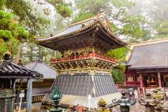 Kleurrijke Japanse pagode in Nikko Stock Foto's