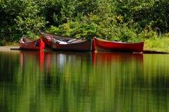 Kleurrijke kano's Royalty-vrije Stock Afbeelding