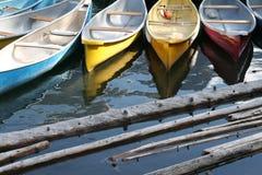Kleurrijke kano's Royalty-vrije Stock Foto