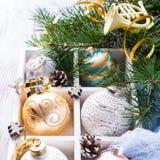 Kleurrijke Kerstmisballen Stock Afbeelding