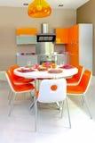 Kleurrijke keuken stock afbeeldingen